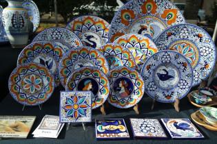 Piatti e formelle in ceramica di Faenza. Argilla Aubagne