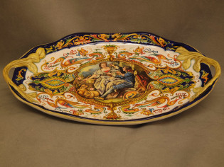 Italian Pottery tray, Raphaelesque style